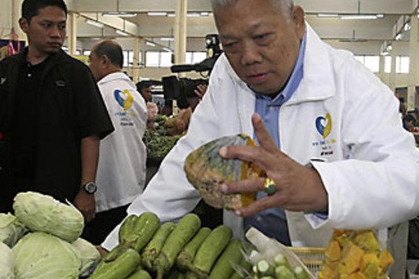Samak Sundaravej top 10 chefs in thailand