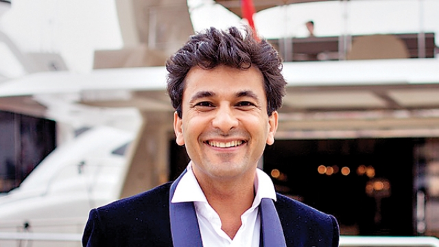 Vikas Khanna most popular top 10 chefs in world