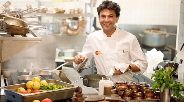 Vikas Khanna top 10 chefs in world